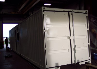 container turned into mobile office (3)
